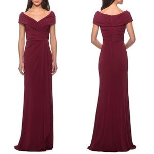 NWT La Femme Short Sleeve Ruched Jersey Gown